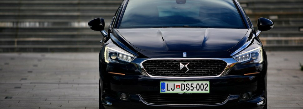 DS 5 BlueHDi 180 EAT6 So Chic