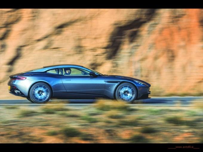 Aston Martin DB11 - večne športne poteze