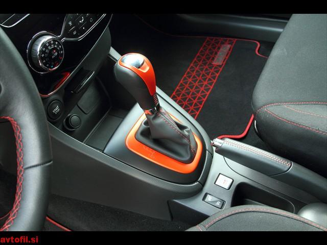 Renault_Clio_RS_123