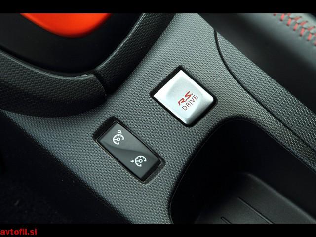 Renault_Clio_RS_129