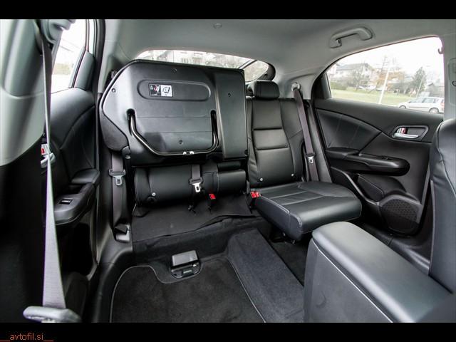 Honda_Civic_16_iDTEC_25