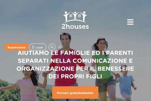 La pagina di apertura del sito '2houses', che mette a disposizione una app per aiutare i genitori separati nella gestione della quotidianità coi figli