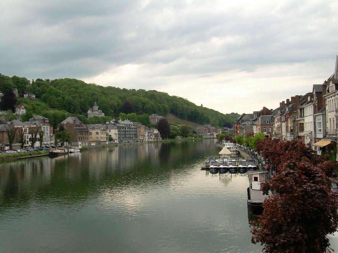 Gita a Dinant, Erasmus in Belgio