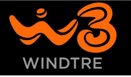 """Wind3 : """"Connessi e Promossi:"""