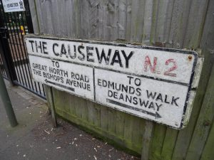 The Causeway into East Finchley station