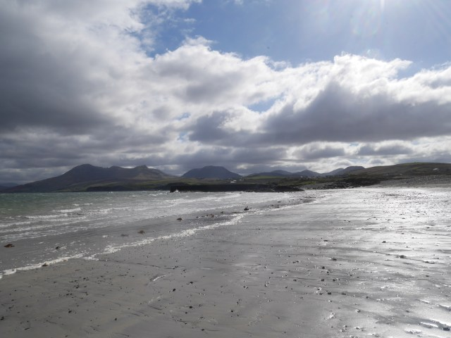 Tully beach with the Twelve Bens in the background