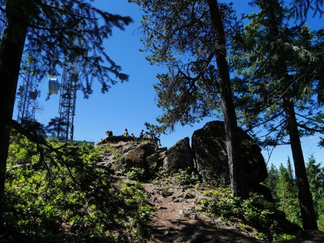 The last few steps up Mount Gardner
