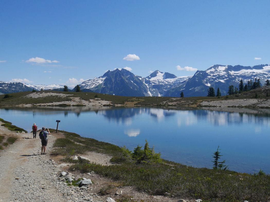 Garibaldi Provincial Park - Elfin Lakes Trail - A walk and a lark