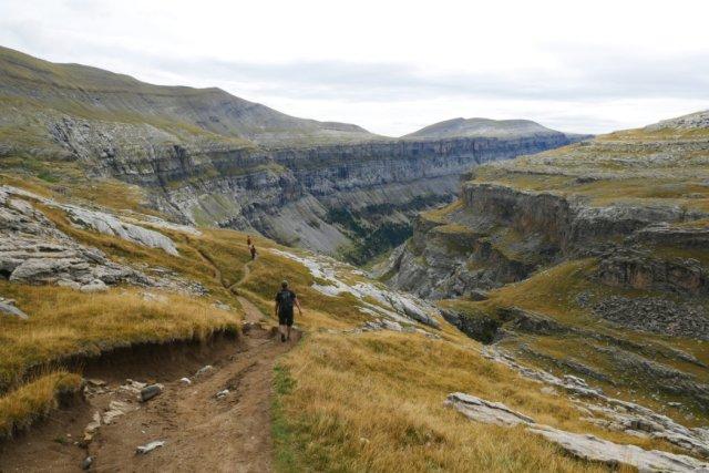 Heading back towards the Ordersa Valley