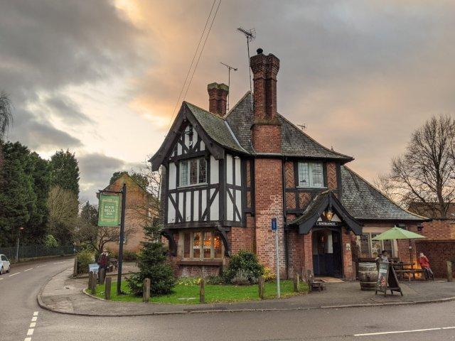 Woodborough pub - Four Bells Inn