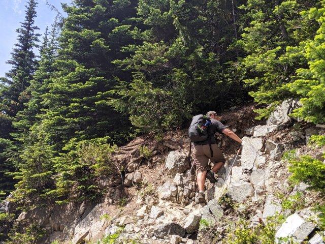 Turning up towards Zoa Peak