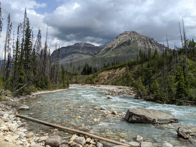 Views along the Vermilion River and Stanley Peak