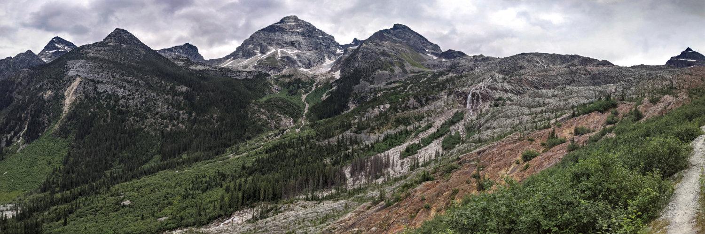 Panorama Glacier crest in Glacier National Park