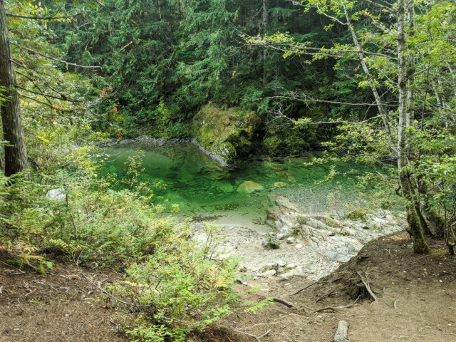 Crazy blue waters at the edge of Shadow Lake