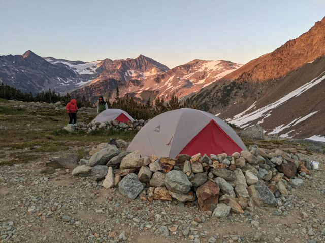 Gorgeous campsites at Russet Lake
