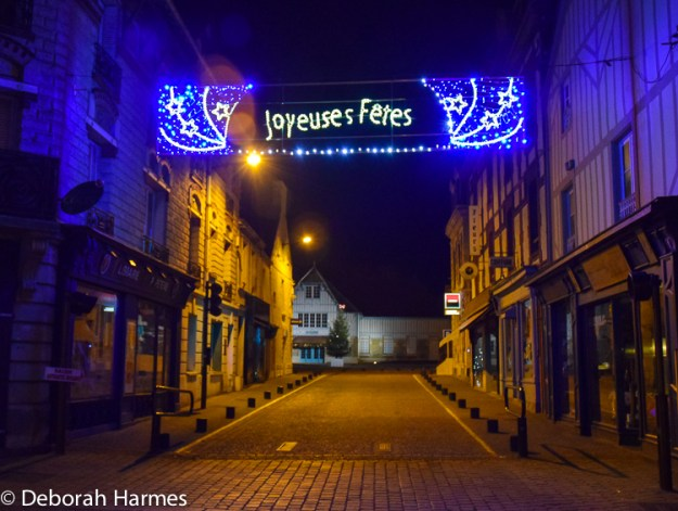 Christmas lights in Saint-Pierre-sur-Dives.