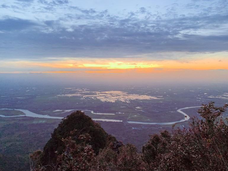 MT. ARAYAT (South Peak)