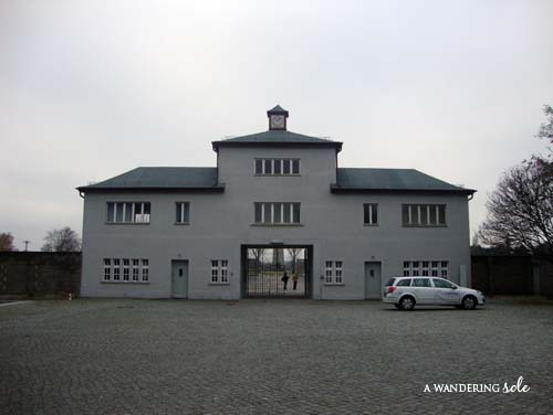 photo essay sachsenhausen concentration camp a wandering sole to enter the camp
