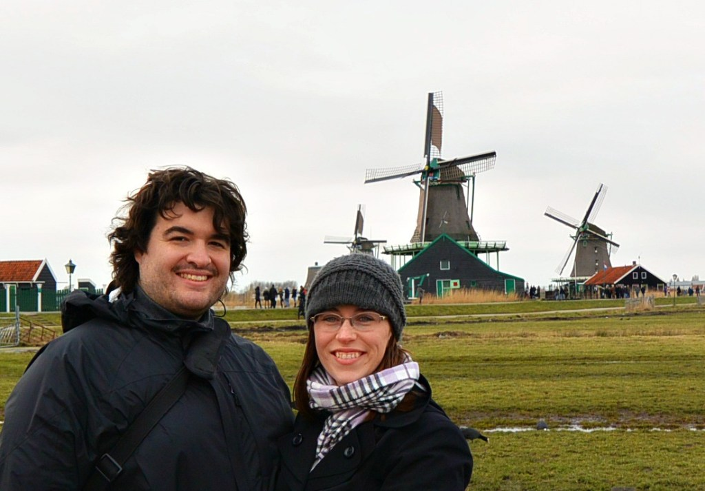 Sean and Jess with Windmills with what to wear in Amsterdam in spring