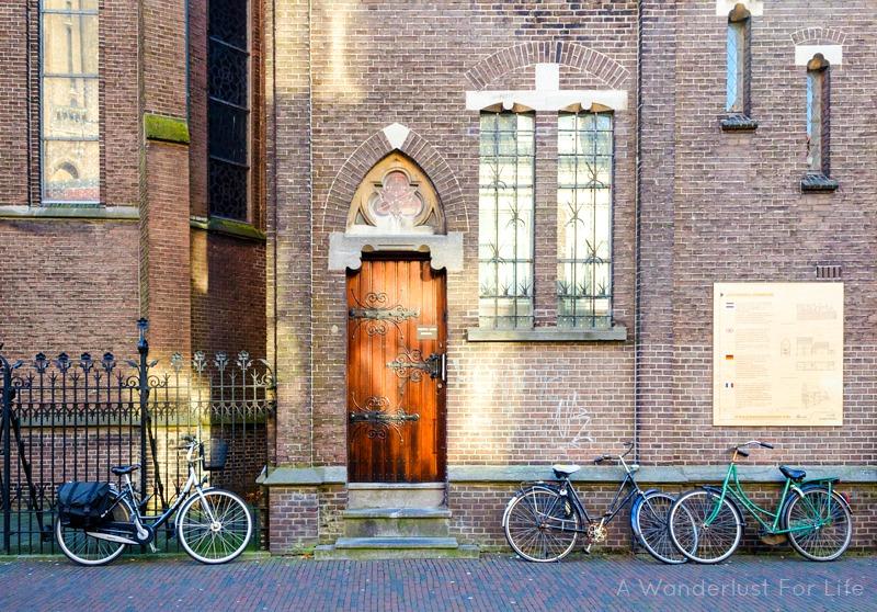 Door in Delft