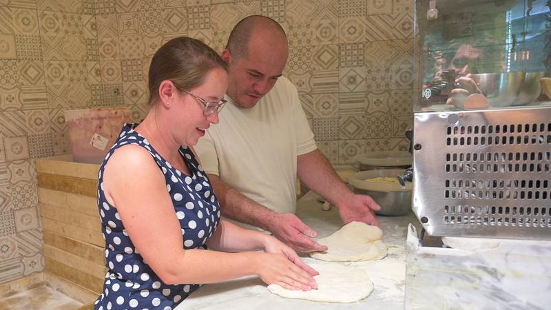 Jessica making pizza