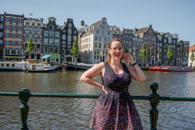 Jessica by the Amstel for a picture