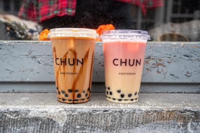 Two Chun bubble teas on a window ledge in Amsterdam