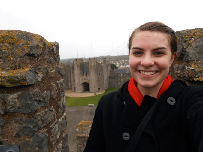Had to selfie it since I was the only person at the whole castle... // Pembroke Castle, Wales