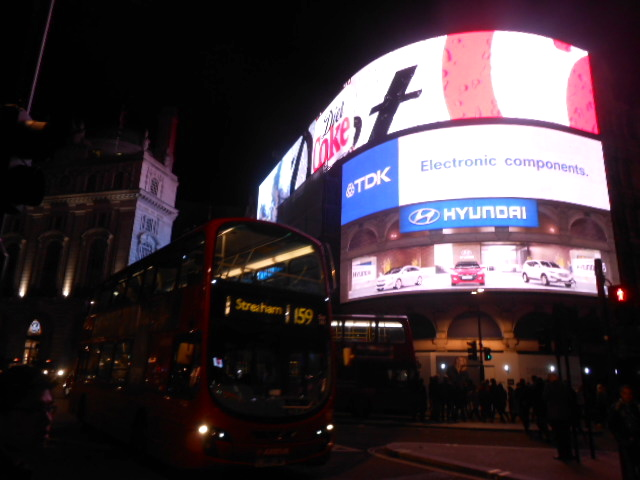 piccadilly-circus-london.jpg