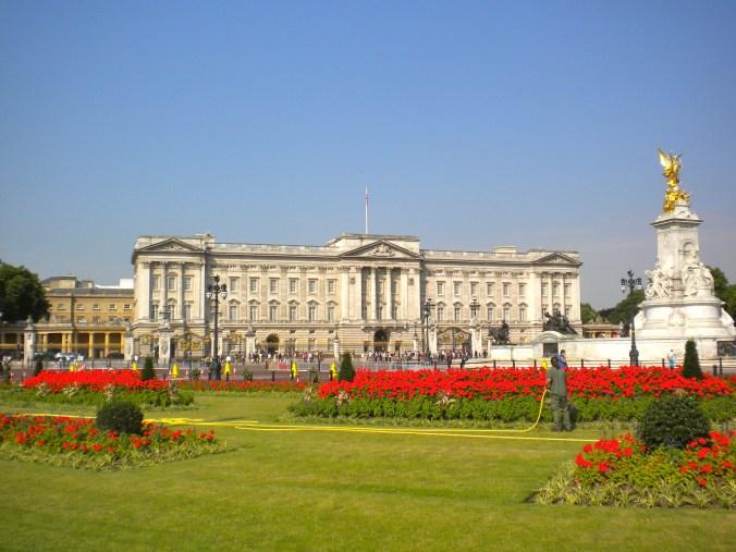buckingham-palace-london.jpg