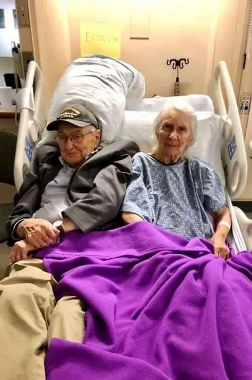 Para retribuir cuidado, idoso se muda para mesmo asilo que esposa por se engar viver longe dela!