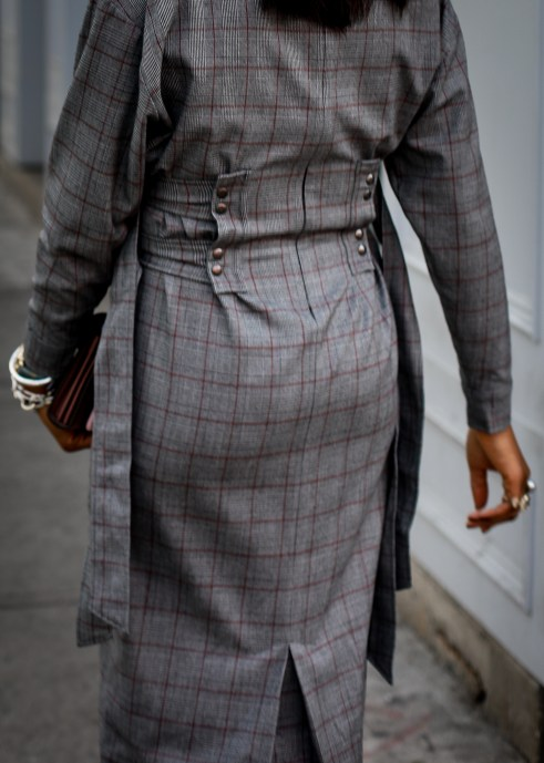 Long sleeve plaid dress. Fall fashion, Atlanta Blogger, Fashion trends, what to wear for fall-20