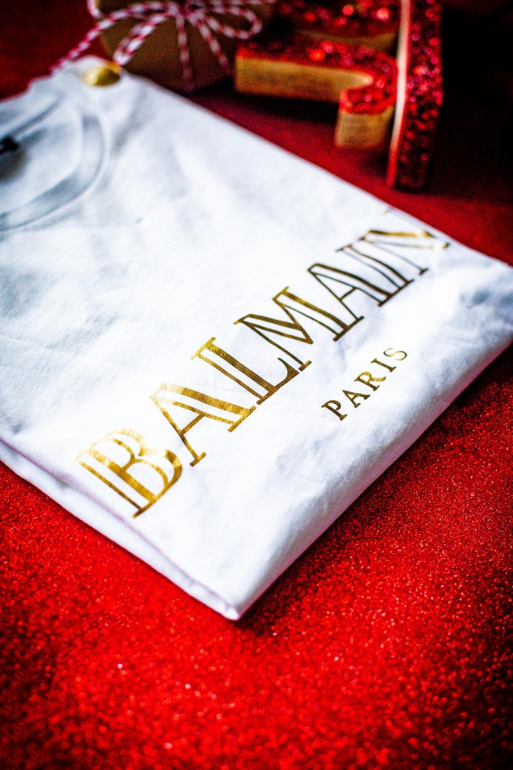 holiday gifts for your favorite fashionista, balmain logo tee in white and gold