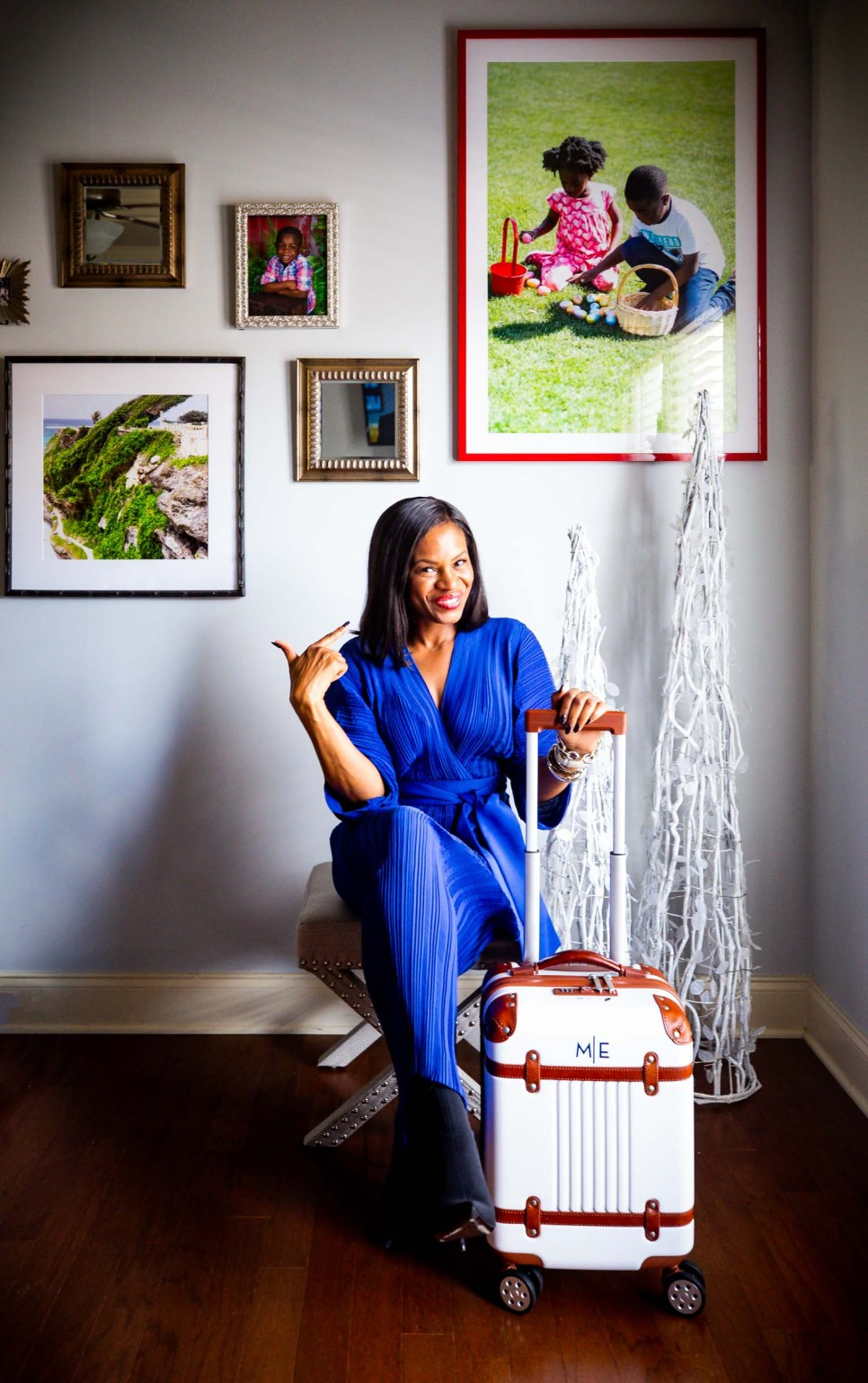 Fashion blogger Monica Awe-Etuk selects the best holiday gifts from Mark & Graham-6