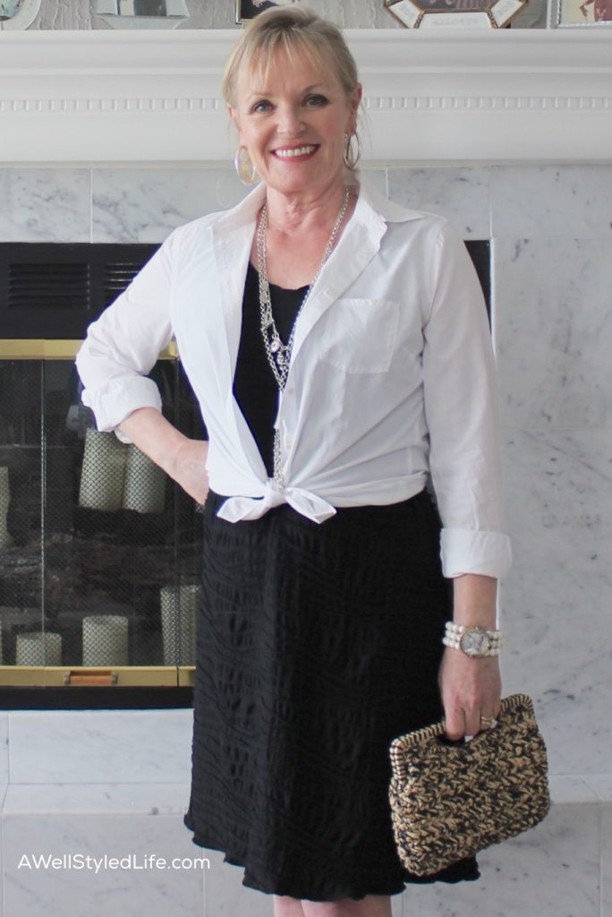 Fashion Tips for Petite Women Over 50