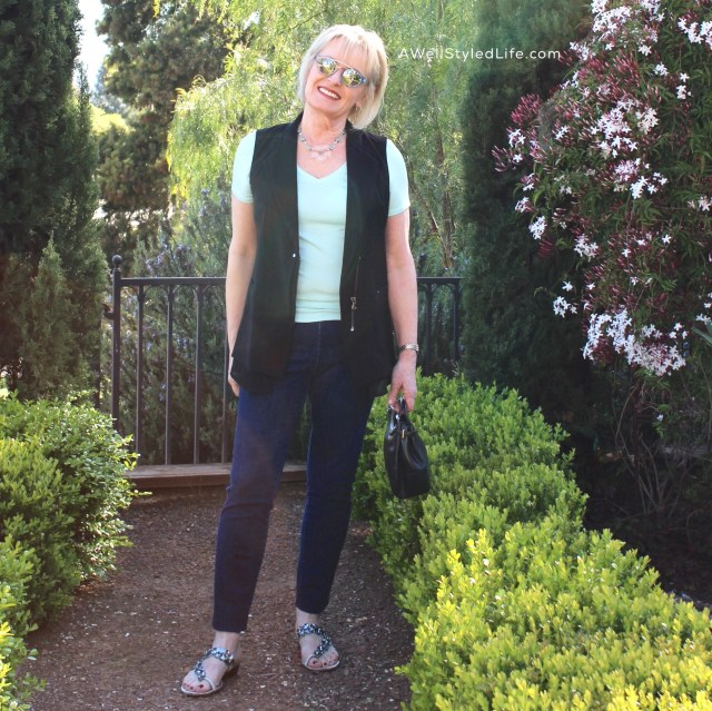 Simple lines, casual fabrics and comfort mkaes a very casual outfit that is not frumpy.