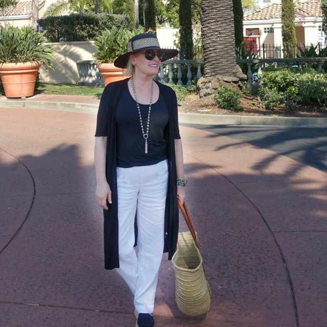 Jennifer Connolly of A Well Styled Life wearing Eileen Fisher linen sweater