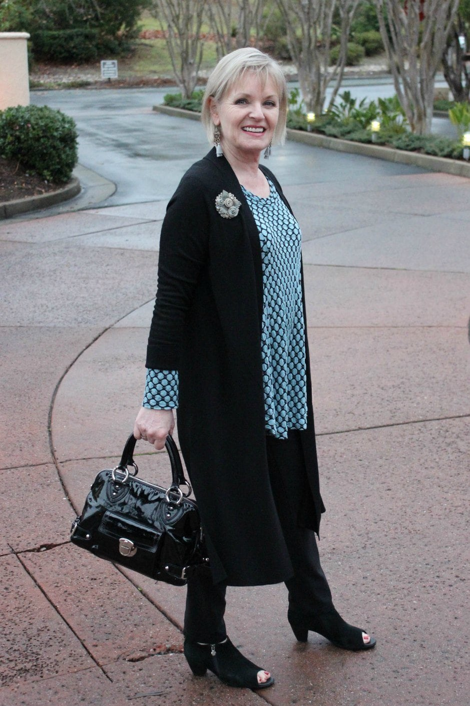 Jennifer Connolly of A Well Styled life wearing Lisa Bayne design
