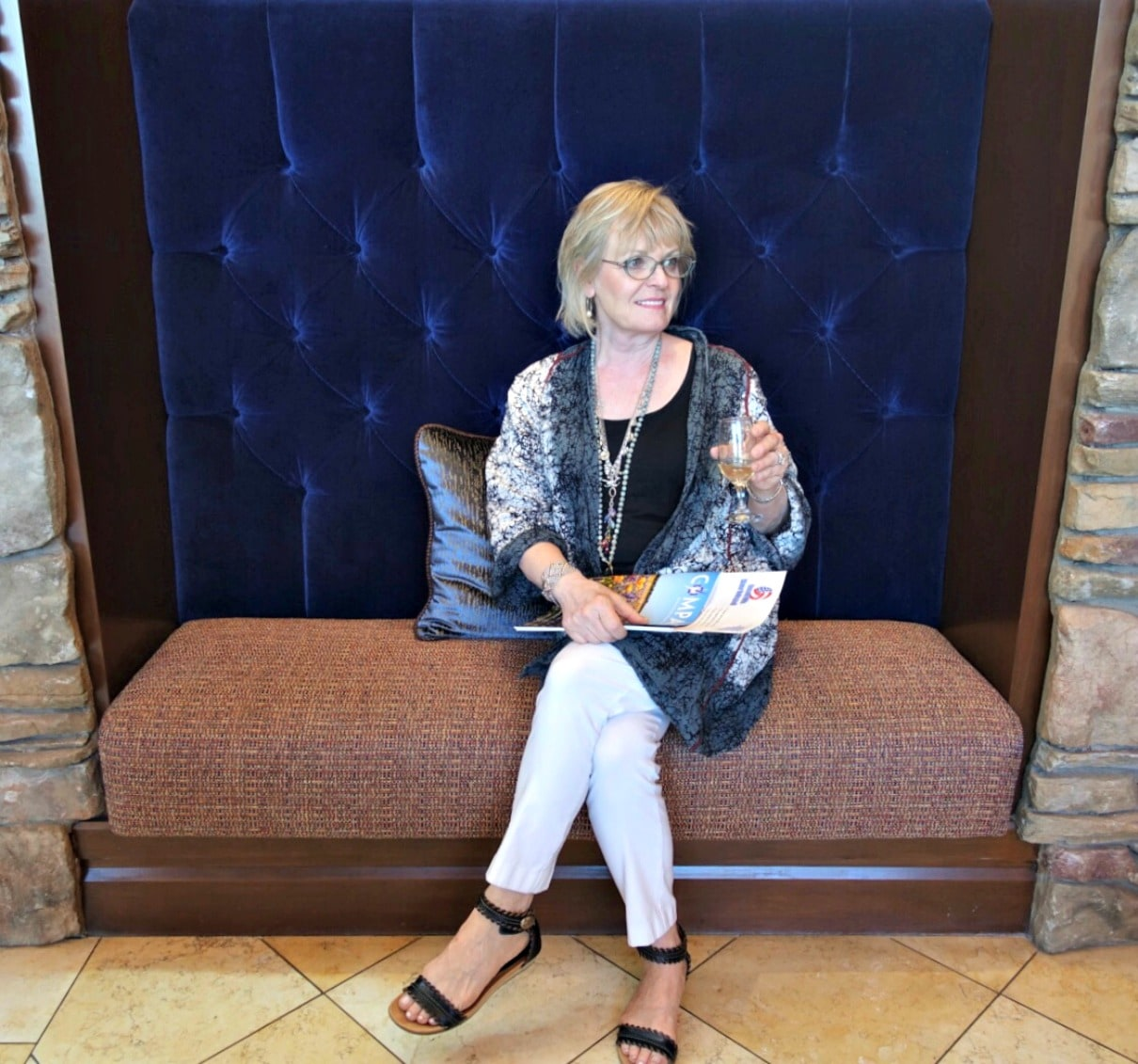 Jennifer Connolly of A Well Styled Life attending welcome mtg at Del Webb