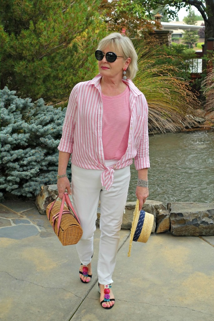 Jennifer Connolly of A Well Styled Life trying Always Discreet Boutique under white jeans