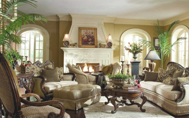 Beautiful Living Room Furniture At Modern Classic Home ...