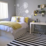 Decorating Ideas For Small Bedrooms With Queen Bed Awesome Decors