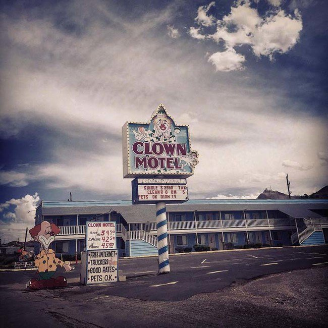 Scary ClownThemed Motel In The Nevada Desert