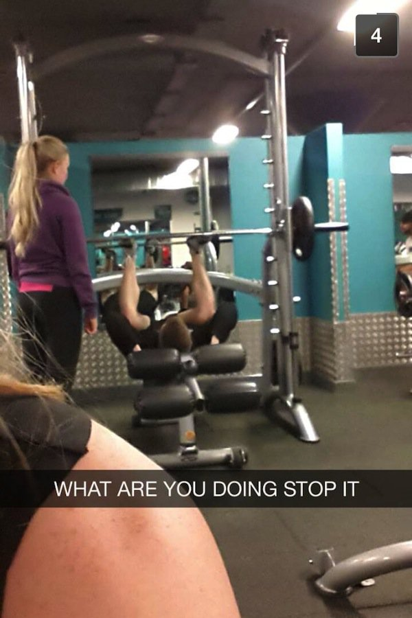 12 Hilarious Gym Fails That Will Have You Laughing Into