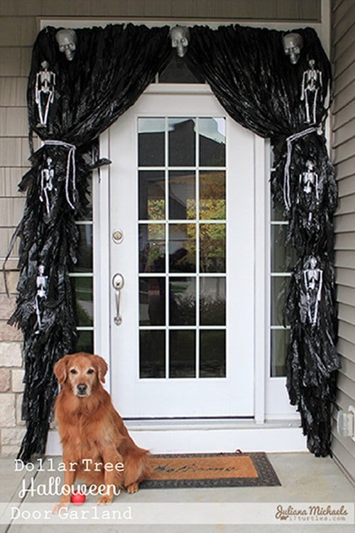 11 Awesome Ways To Turn Garbage Bags Into Halloween Decorations