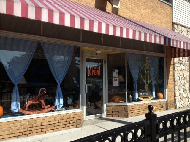 "Pretty Awesome Pasties: ""The Pasty Place"" on Michigan's Sunrise Side"