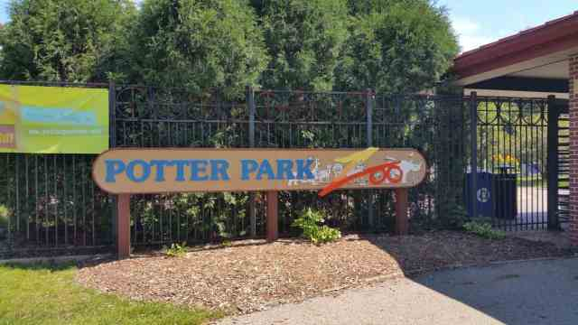 Potter Park Zoo - #MittenTrip Lansing - The Awesome Mitten