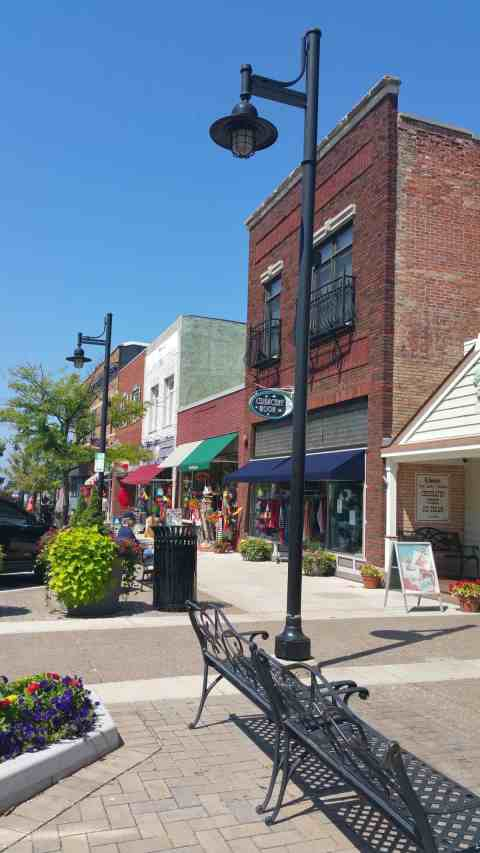 Downtown South Haven - #MittenTrip - South Haven - The Awesome Mitten