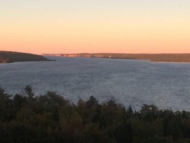 Sunset at Pictured Rocks - #MittenTrip Munising - The Awesome Mitten