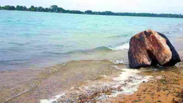 Roadtripping Along the St. Clair River - The Awesome Mitten